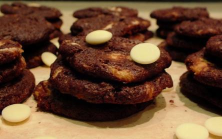 Fehércsokis-kakaós keksz (cookie)