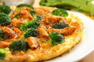 Csirkés-brokkolis omlett