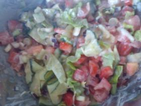Színkavalkád saláta
