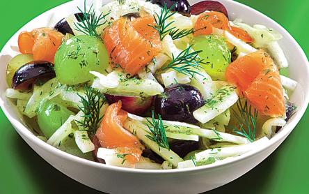 Lazacos édeskömény saláta