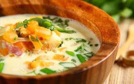 Kókusztejes sütőtök leves