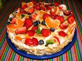 Friss gyümölcsös torta