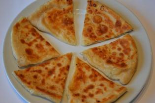 Gyors hacsapuri (grúz sajtos kenyér)