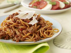 Bolognai spagetti vörösborral
