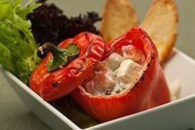 Sült paprika fetás-diós töltelékkel