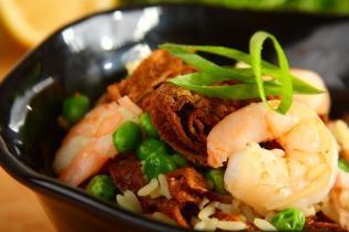 Sült rizs garnélával