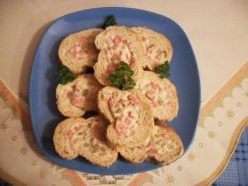 Sajtkrémmel töltöt francia kenyér
