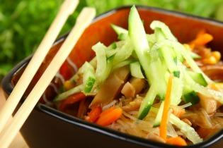 Rizstészta zöldségekkel