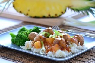 Édes-savanyú ananászos húsgombócok