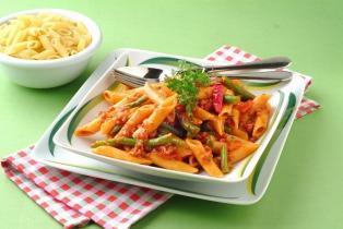 Chilis zöldbabos tésztasaláta