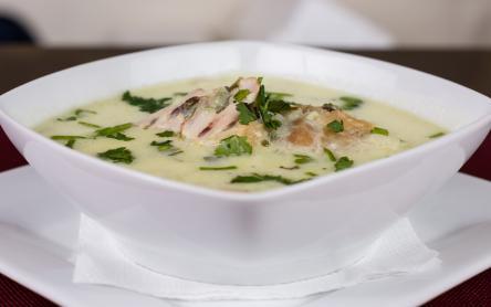 Tárkonyos pulykaragu leves pulykemllből