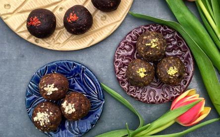 Energiagolyó háromféleképpen (chilis csokis, rumos fahéjas, citromos mákos) - Garádi Zsofka konyhájából