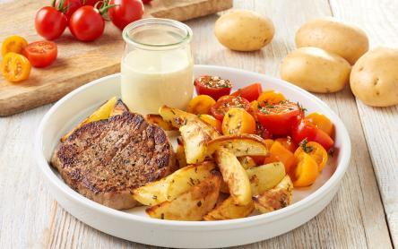 Grillezett karajszelet sült krumplival