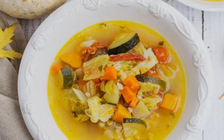 Őszi sütőtökös minestrone - Iklódi Dóri konyhájából