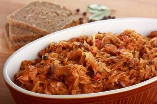 Bigosz - lengyel húsos káposzta