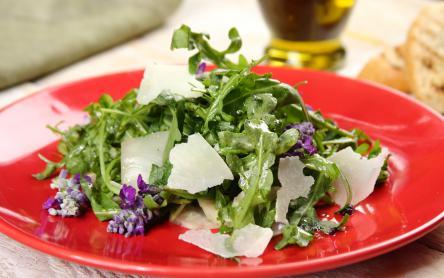 Sült csicsóka saláta arugulával