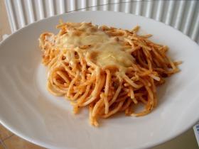 Spagetti kétféle hússal