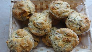 Gombás - szalámis muffin