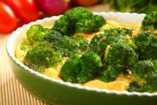 Tojással sütött brokkoli