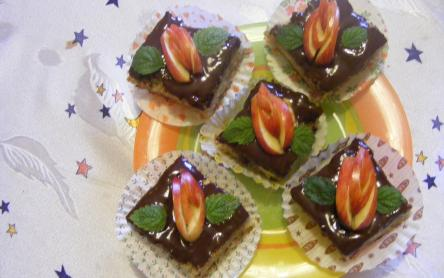 Csokis almás kocka