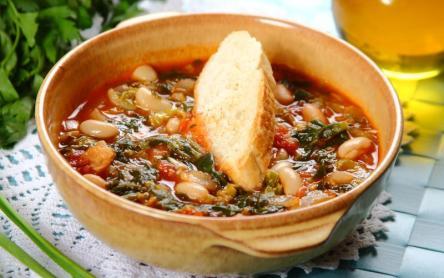 Toszkán fehérbab leves