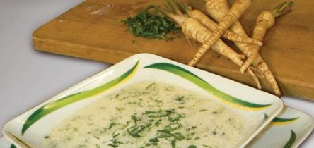 Reszelt fehérrépa leves