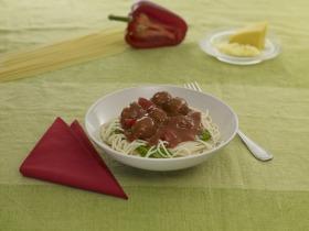 Sült paprikás bolognai, húsgombócokkal