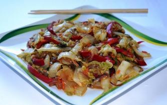 Pirított kínai saláta