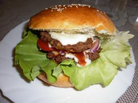 Sajtos hamburger