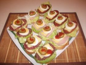 Mini szendvicsek