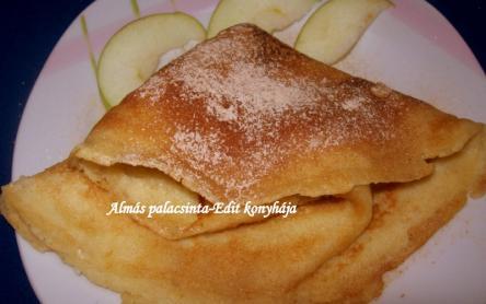 Almás palacsinta