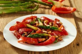 Wokban sült zöldségek