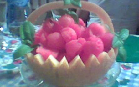 Sárgadinnye kosár (görögdinnyével is tölthető)
