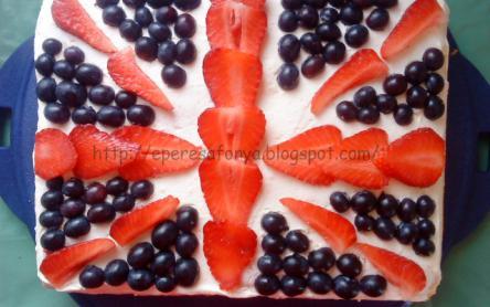 Zászlós gyümölcstorta