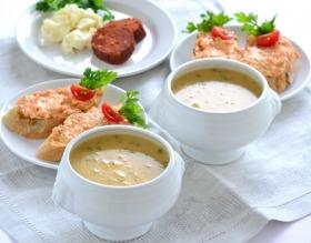 Erdei gombakrém leves juhtúrós-kolbászkrémes szendviccsel