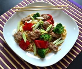 Brokkolis csípős marhahús