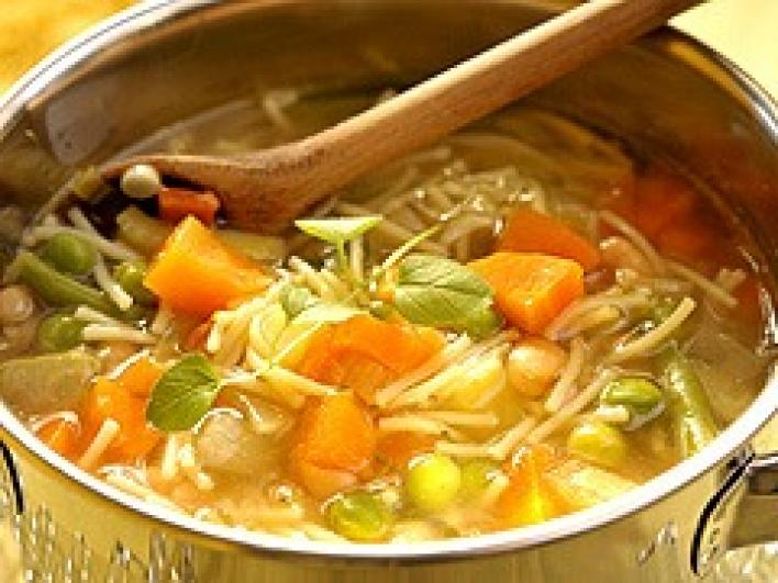 Minestrone leves