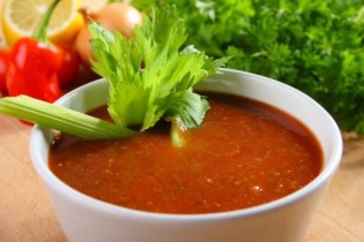 Spanyol hideg zöldséges paradicsom leves