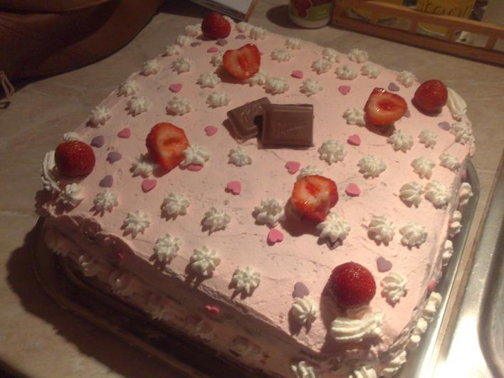 Epres, tejszínes torta