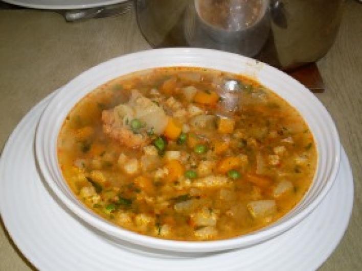 Petőfi leves grízgaluskával