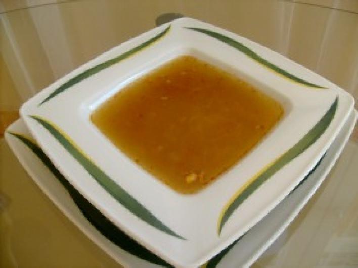 Fokhagymás metélt leves