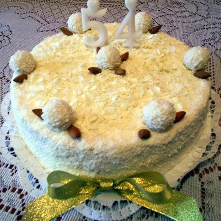 Fehércsokis kókuszos torta