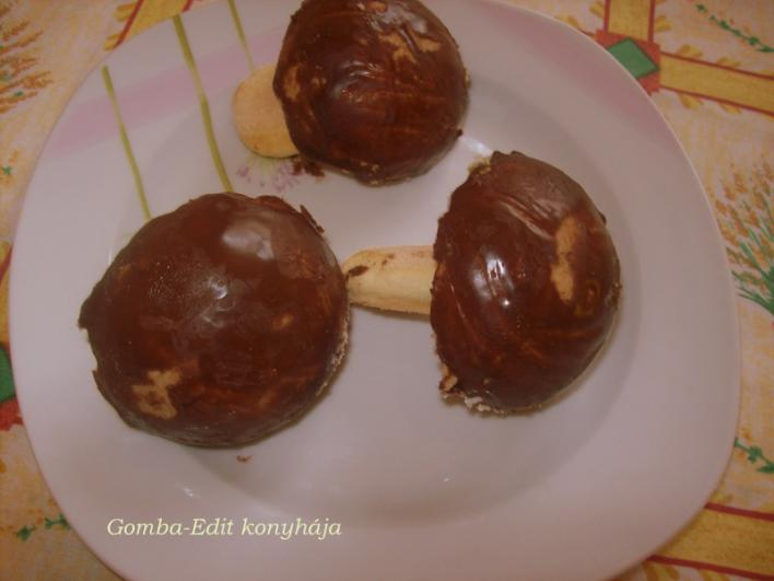 Gomba