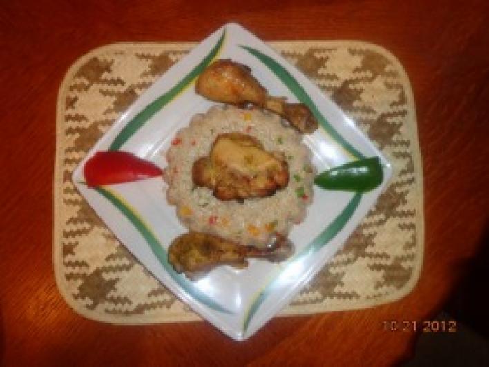 Balinéz sült csirkecomb rizzsel