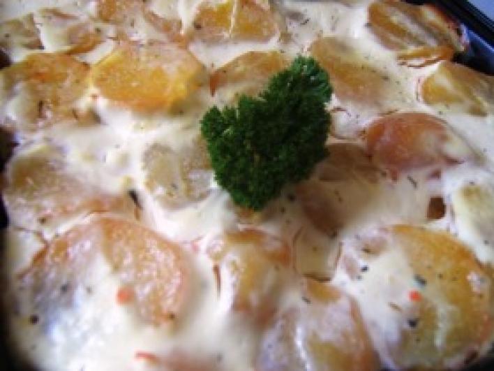 Egyszerű rakott krumpli
