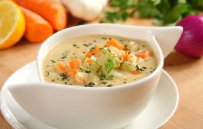 Sörös sajtos zöldséges leves