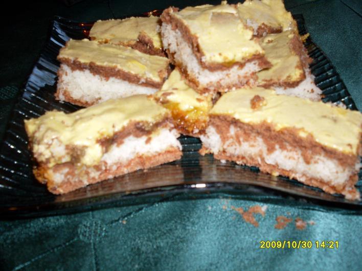 Sárga tetejű kókuszos süti
