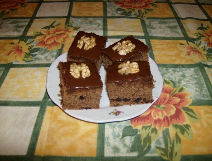 Vörösboros sütemény