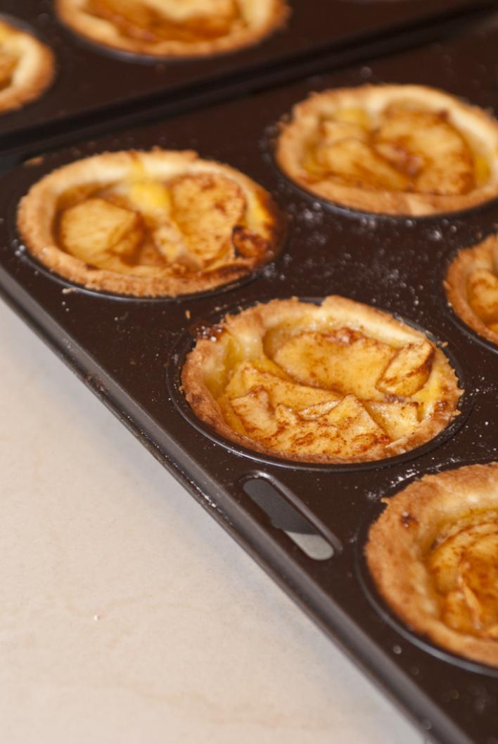 Pici almás kosárkák