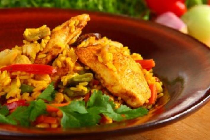 Curry-s rizs zöldségekkel